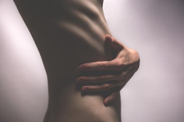 Endometrioza - przyczyny, objawy i leczenie