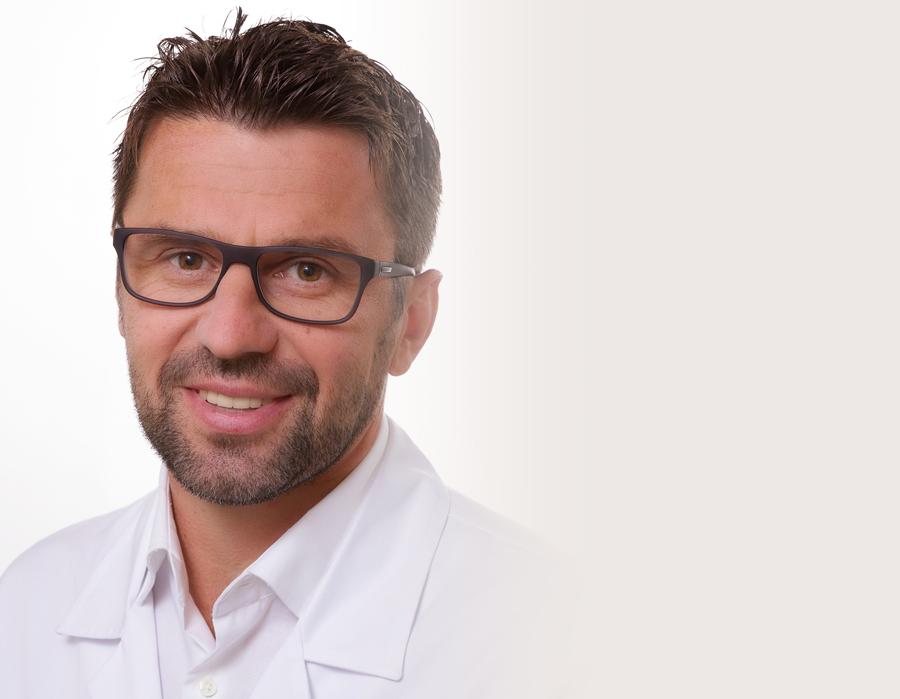 dr n. med. Piotr Marianowski